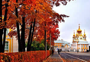 st-petersburg parks in fall